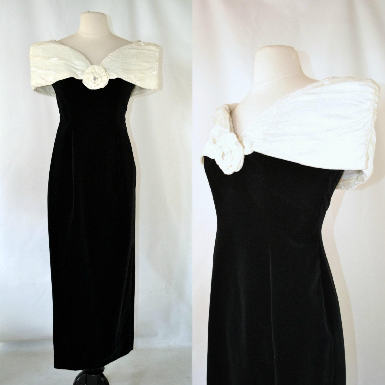 80s Dresses | Casual to Party Dresses 1980S Black  White Off The Shoulder Velvet Sheath Dress By House Of Bianchi $22.75 AT vintagedancer.com