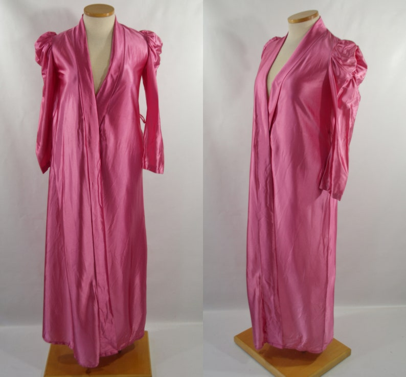 1970s/1980s Raspberry Pink Robe by Miss Elaine image 0