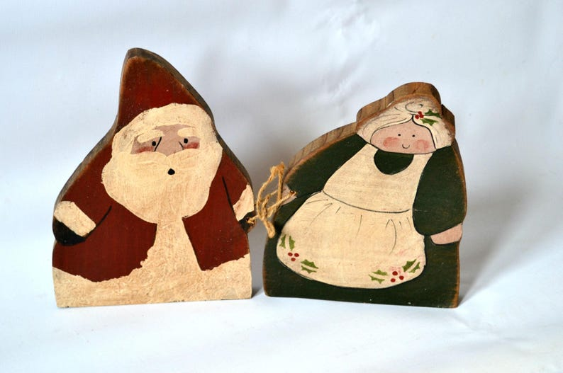 Vintage Wooden Santa and Mrs. Claus Christmas Decoration image 0