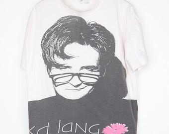 kd lang 1992 Constant Craving live Black /& White shirt 2 SIDED PHOTO KEYRING