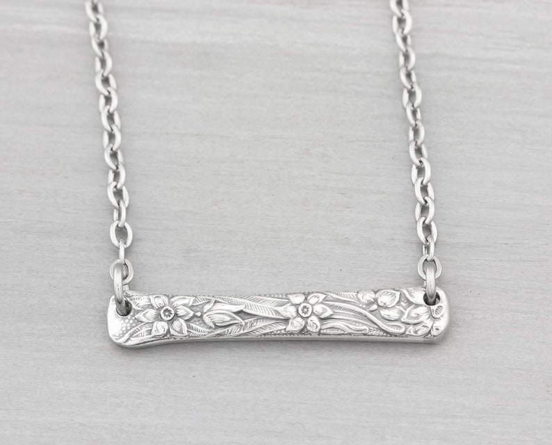 Silverware Jewelry  Narcissus Spoon Necklace Gift  Bar image 0