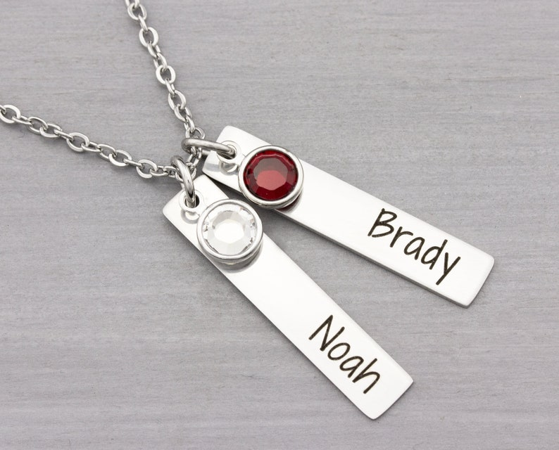 Personalized Necklace  Personalized Jewelry  Mom Necklace  image 0