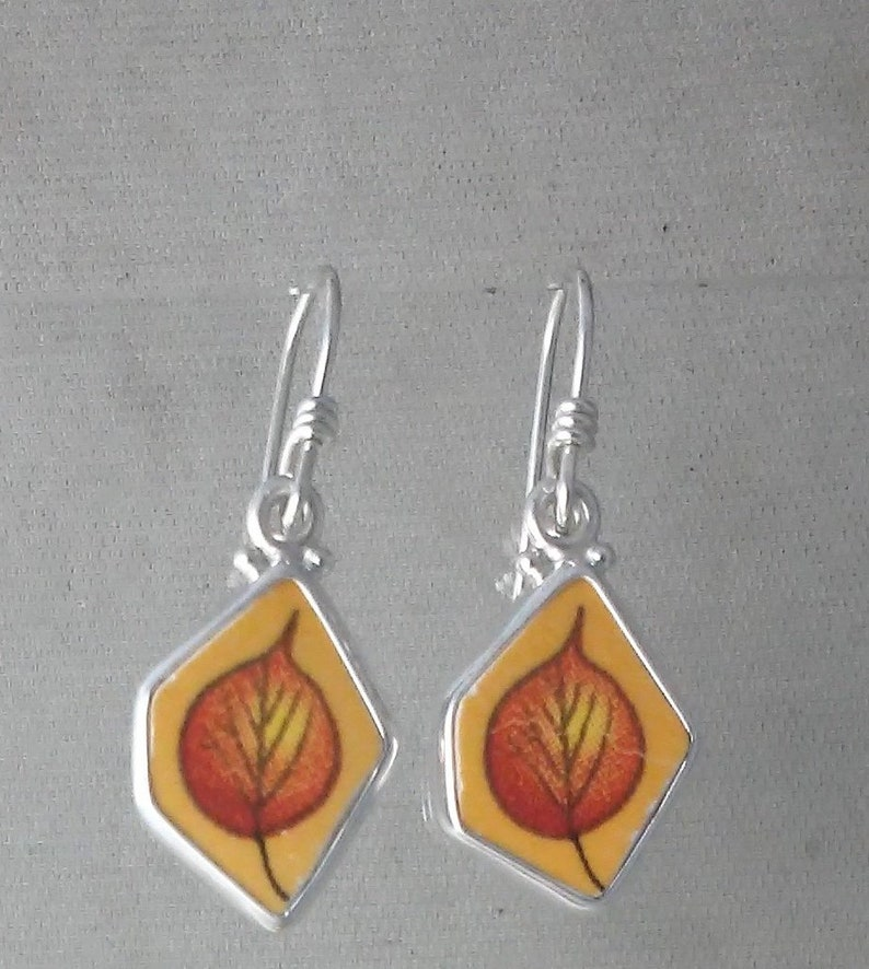 On SALE   Poplar Leaves Broken China Jewelry Sterling Silver image 0