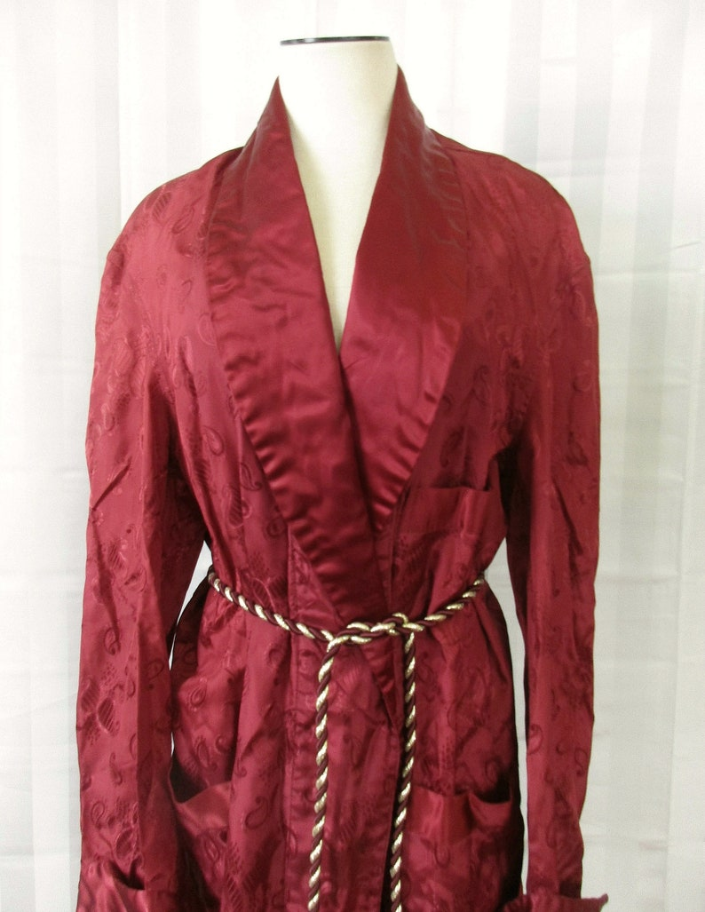 Vintage 1930s 1940s Dressing Robe by Courtleigh Robes Men/'s Satin Loungewear Burgundy Maroon 48 Chest M Medium L Large
