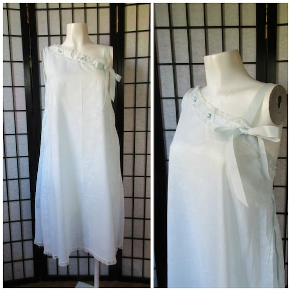 Vintage Nightgown 1950s 1960s Lord And Taylor Slumbertogs Light Blue White Lace Floral Lingerie Negligee 34 35 Asymmetrical Neckline