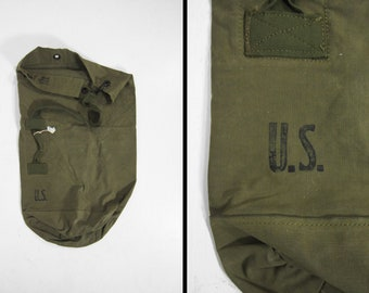 Vintage US Army Duffle Bag Waxed Canvas Green Olive Drab Deployment Bag  Stenciled 9feed6de34f87