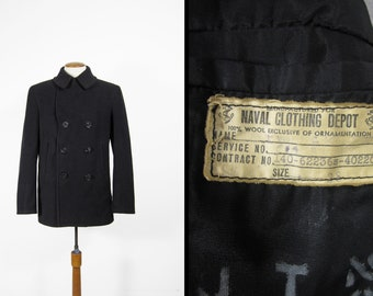 6427950ea Vintage WWII US Navy Pea Coat Black Wool Double Breasted 8 Button Midnight  Blue - Size 38