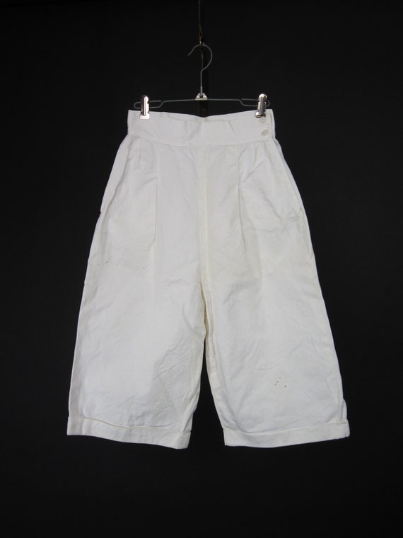Vintage 30s 40s White Shorts High Waisted Wide Le… - image 2