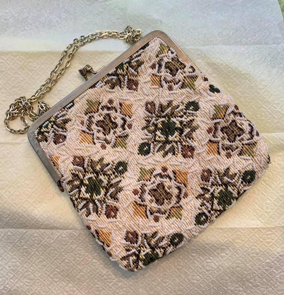 Beaded Tapestry Handbag -vintage