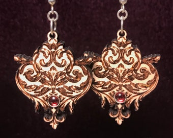 Filigree garnet earrings