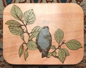 Inlayed bird trinket box