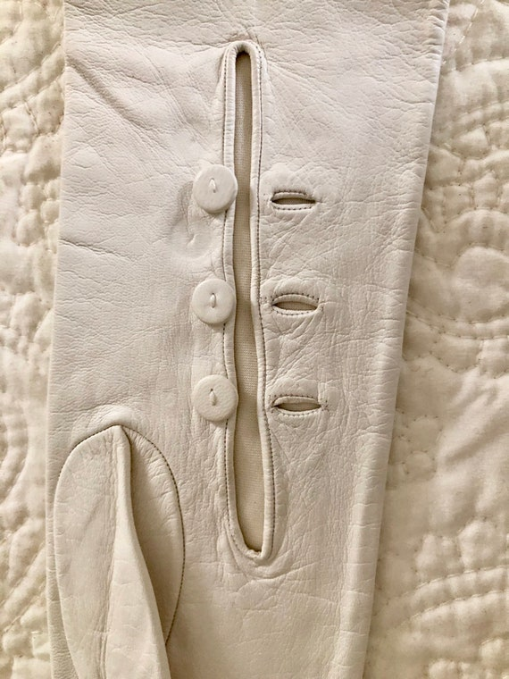 """22""""//Long //White Kid Leather silk lined Gloves /… - image 2"""