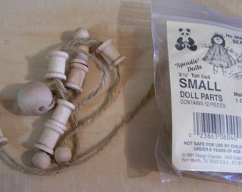 AF0262-3 Two Kits Plus Extra Heads for Wooden SPOOLIE DOLLS, Small kits, large extra heads