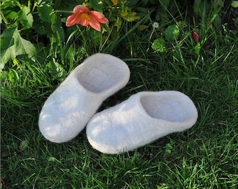 Summer Sale Felted  slippers from natural wool, white.
