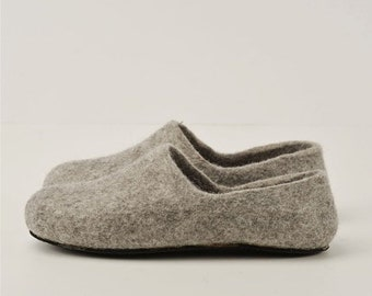 Summer Sale Handmade eco friendly felted slippers from natural wool - grey-rubber soles
