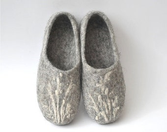 Summer Sale Handmade eco friendly felted slippers from natural wool - grey