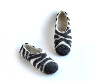 Summer Sale Felted slippers ZEBRA - black and white - natural wool