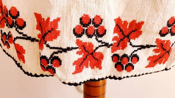 Vintage Romanian Peasant Dress - 1970's Embroider… - image 10