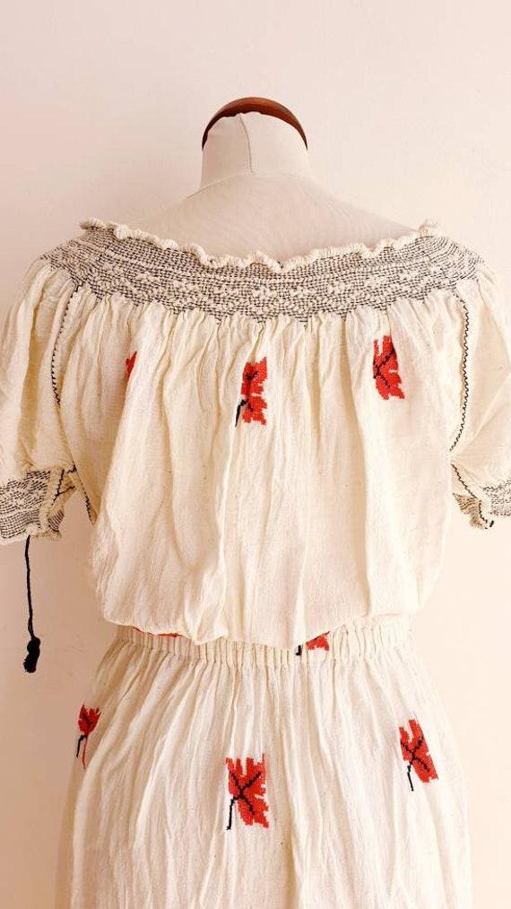 Vintage Romanian Peasant Dress - 1970's Embroider… - image 6