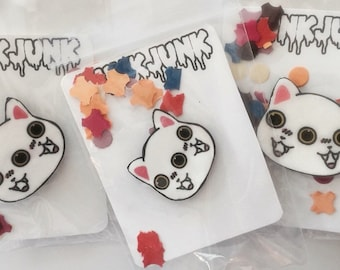 Two Faced Meow Brooch