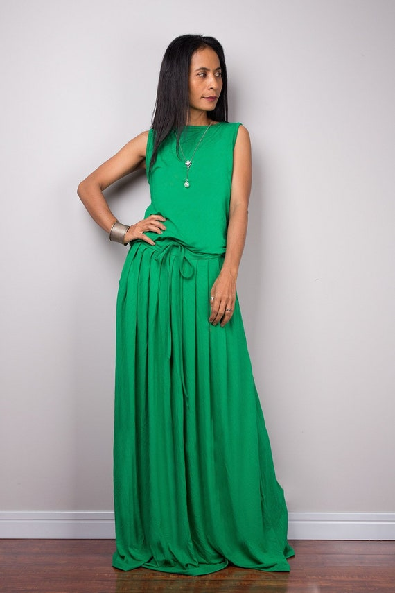 Green plus size sleeveless long maxi dress | Women\'s green summer full  dress with pockets (AUT9P)
