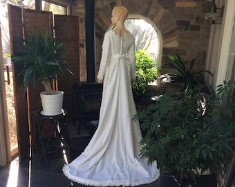 5bb15271cef 1960s Vintage Winter White Velvet Wedding Dress with Detachable Train