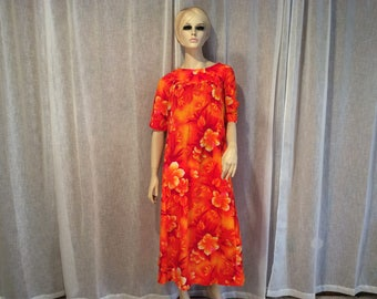 757efe61d43 Seventies Hawaiian Luau Dress