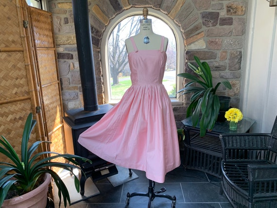 Vintage 1950s Junior Circle Pink Cotton Summer Sun
