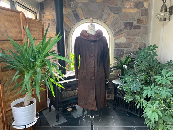 1960s Vintage Dark Brown Suede Coat with Mink Coll