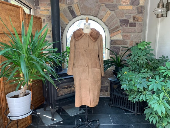 1960s Vintage Tan Suede Coat with Mink Collar Remo