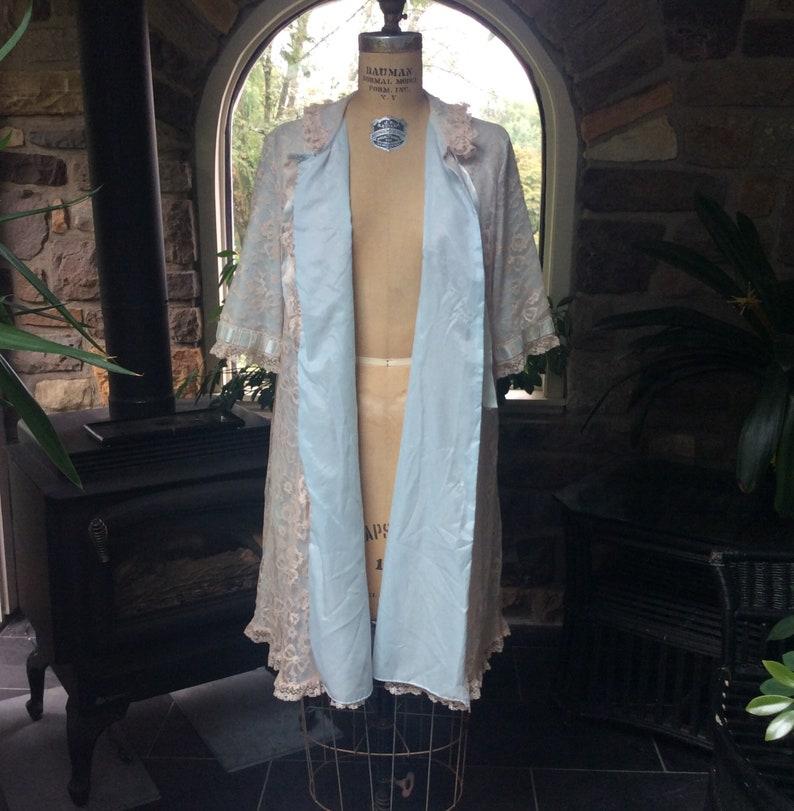 Vintage Flowing Lingerie Vintage 1950s Odette Barsa Light Blue and Ecru Lace Robe Vintage Frilly Lace Robe Vintage Pin Up Blue Robe