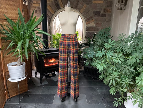1970s Unisex Vintage Navy Blue Yellow Red Plaid Co