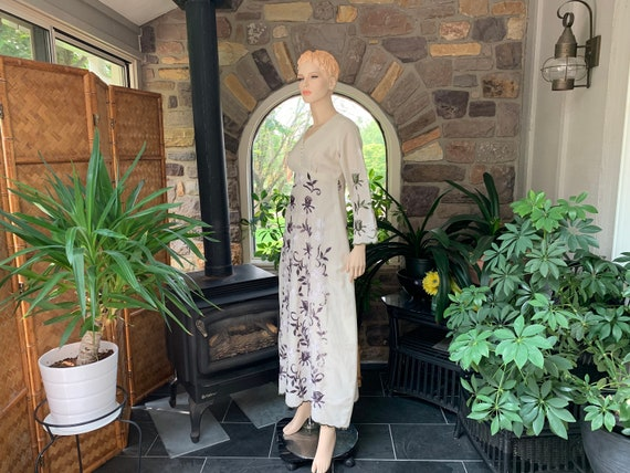 Vintage Bohemian Ivory Embroidered Peasant Dress G