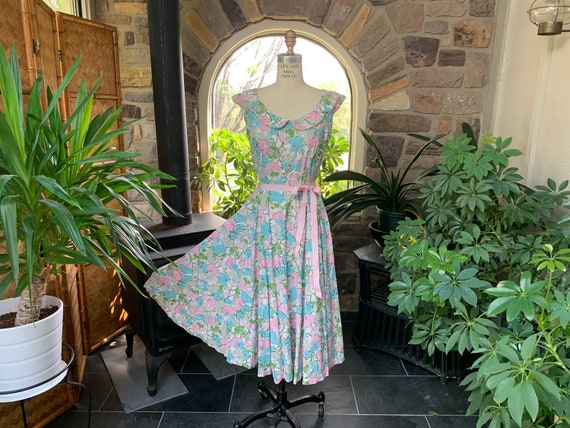Vintage 1950s Pastel Pink Blue and White Cotton Su