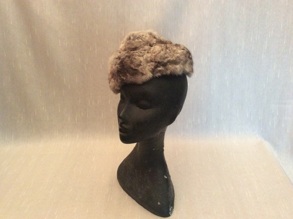 Vintage 1960s Soft Gray Fur Hat Betty & Rose Phil… - image 5