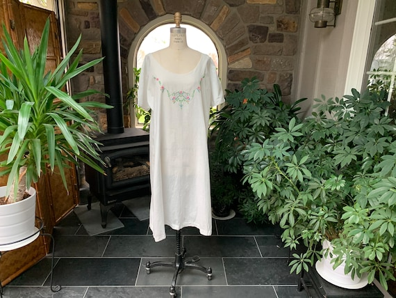 Antique White Embroidered Cotton Nightgown, Vintag