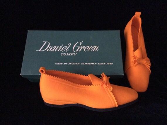 Vintage 1950s Daniel Green Orange Felt Slippers, N