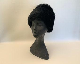 Vintage 1960s Black Italian Lamb Shearling Winter Hat, Black Sheepskin Hat, Vintage Fur Hat, Vintage Black Shearling Hat, Vintage Winter Hat