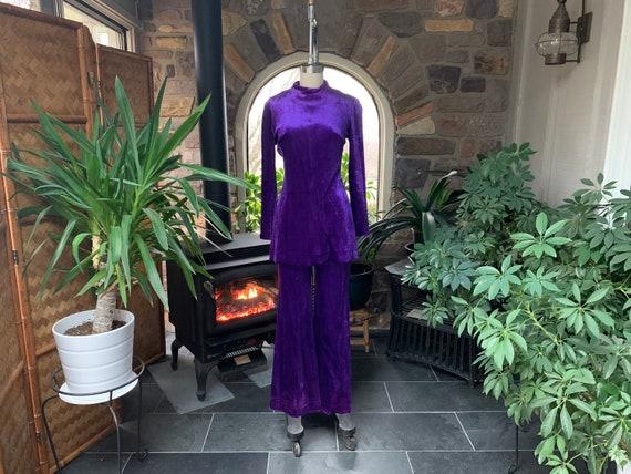 Vintage 1970s 2 Piece Purple Velour Knit Pantsuit