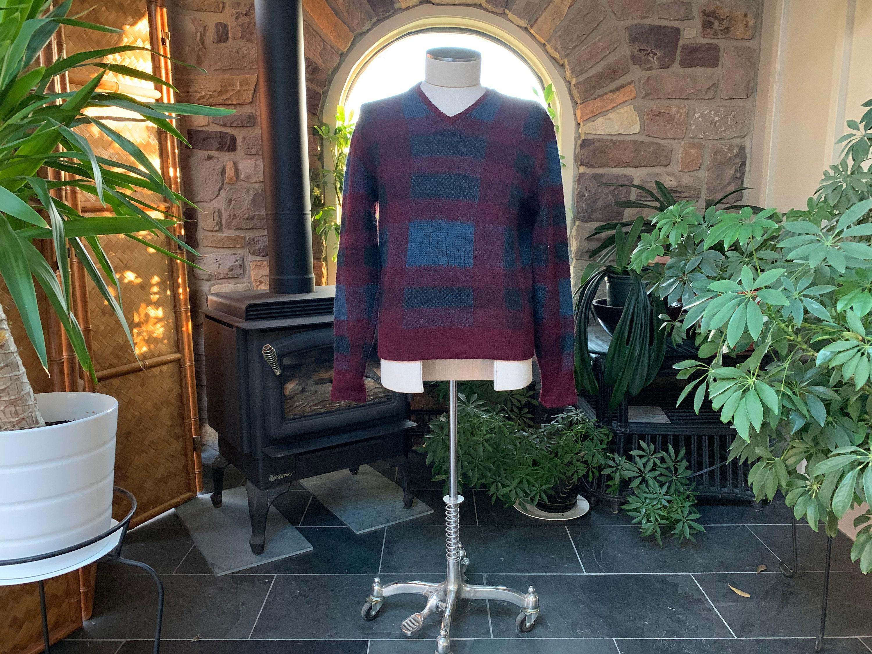 1960s – 70s Men's Ties | Skinny Ties, Slim Ties Vintage 1960S Mens Maroon  Blue V-Neck Wool Mohair Pullover Sweater Darwin, Unisex Sweater, Color Block $75.00 AT vintagedancer.com