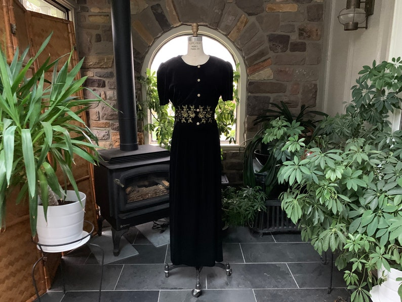 Vintage 1980s Black Stretch Velvet Gold Embroidered Flower Dress Eighties Black Velvet Shoulder Pad Rhinestone Button Back Tie Dress