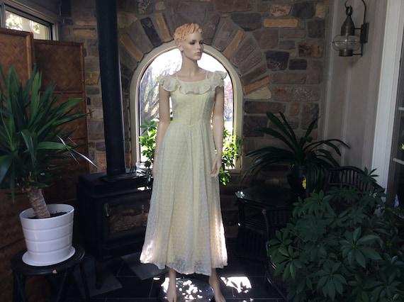 Vintage 1960s Lace Dress Pale Yellow Sun Dress, Ye