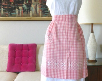 UnUSED Pink Gingham Embroidered Apron Pink White Checkered Half Apron Vintage Retro Cooking Apron Cross stitch Hand Embroidery Cotton