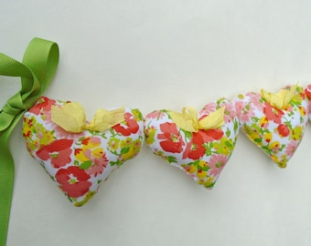 Flower Fabric Heart Garland / Apricot Flowers / Orange Flowers / Spruce Up Decor /Yellow / Heart Banner / String Hearts / Apricot / Wall