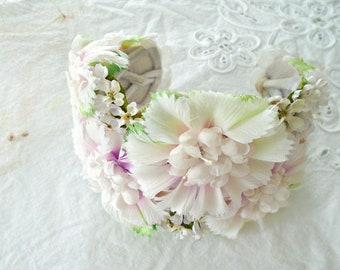 1940s Floral Head Band / Bluh Pink Floral Shabby Vintage Hat /Millinery Flower Ladies Hat / Wedding /Bride Head Piece / Pale Pink Flowers /