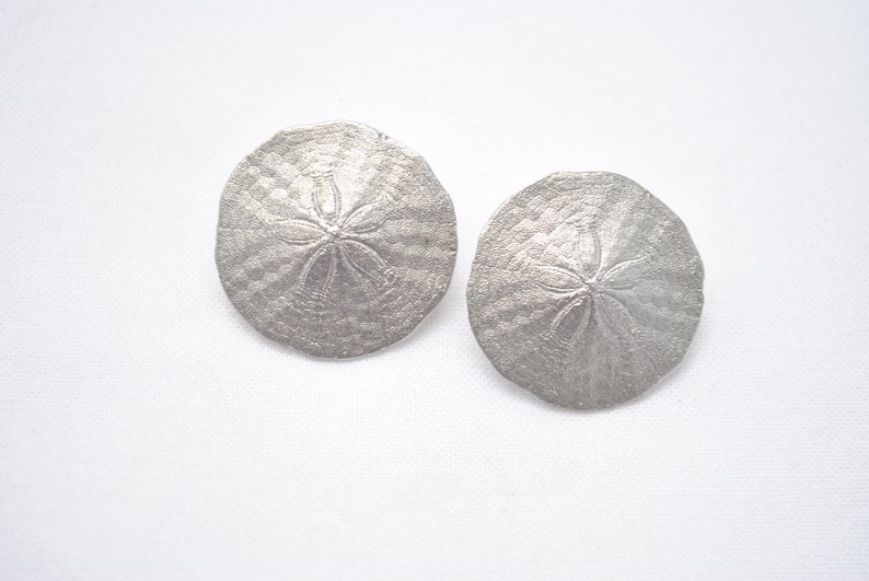 Vintage Amos Canada Pewter Sand Dollar Brooch and Earring Set Early 1990/'s Artisan Made Signed