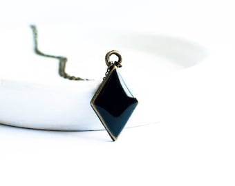 Small rhombus necklace geometric jewelry, black necklace pendant long chain