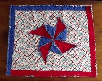 """Pinwheel  Mini Quilt Pattern, """"Patriotic Pinwheel"""""""