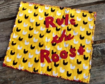 """Applique Mini Quilt Pattern, """"Rule the Roost"""""""