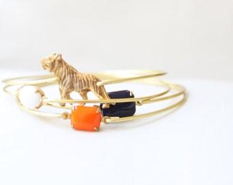 Sweet Auburn Tiger Bangle Set, Tiger Bracelet,  Big Cat Bangle, Charm Bracelet, Stackable Bangle, Animal Bracelet